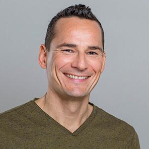 Podcast-Service Sebastian Fischer Kundenstimme Testimonial Bewertung Referenz Florian Sprater VIDEO-HILFE